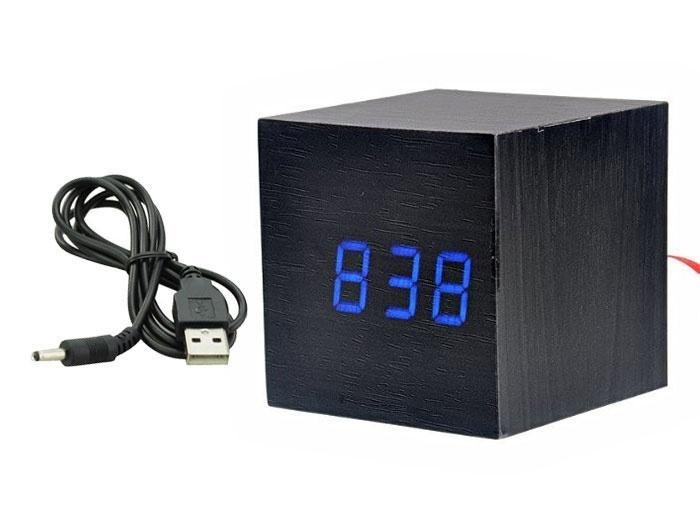 einzigartiger wecker wood cube 2 schwarz mit blauer led beleuchtung. Black Bedroom Furniture Sets. Home Design Ideas